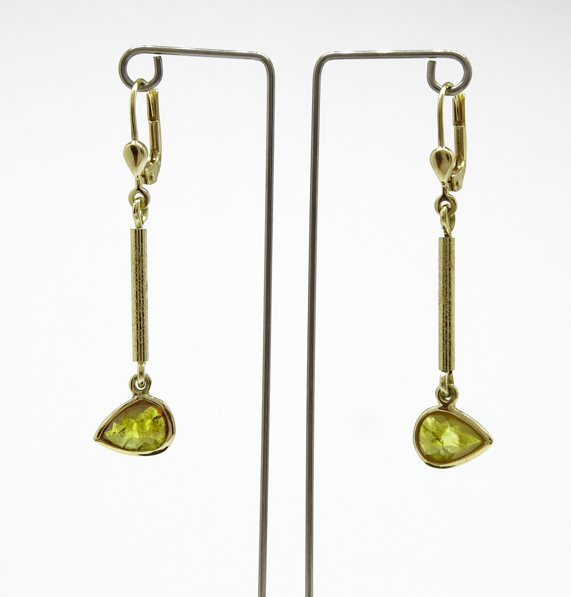 On Edge Earrings NU Goldsmith