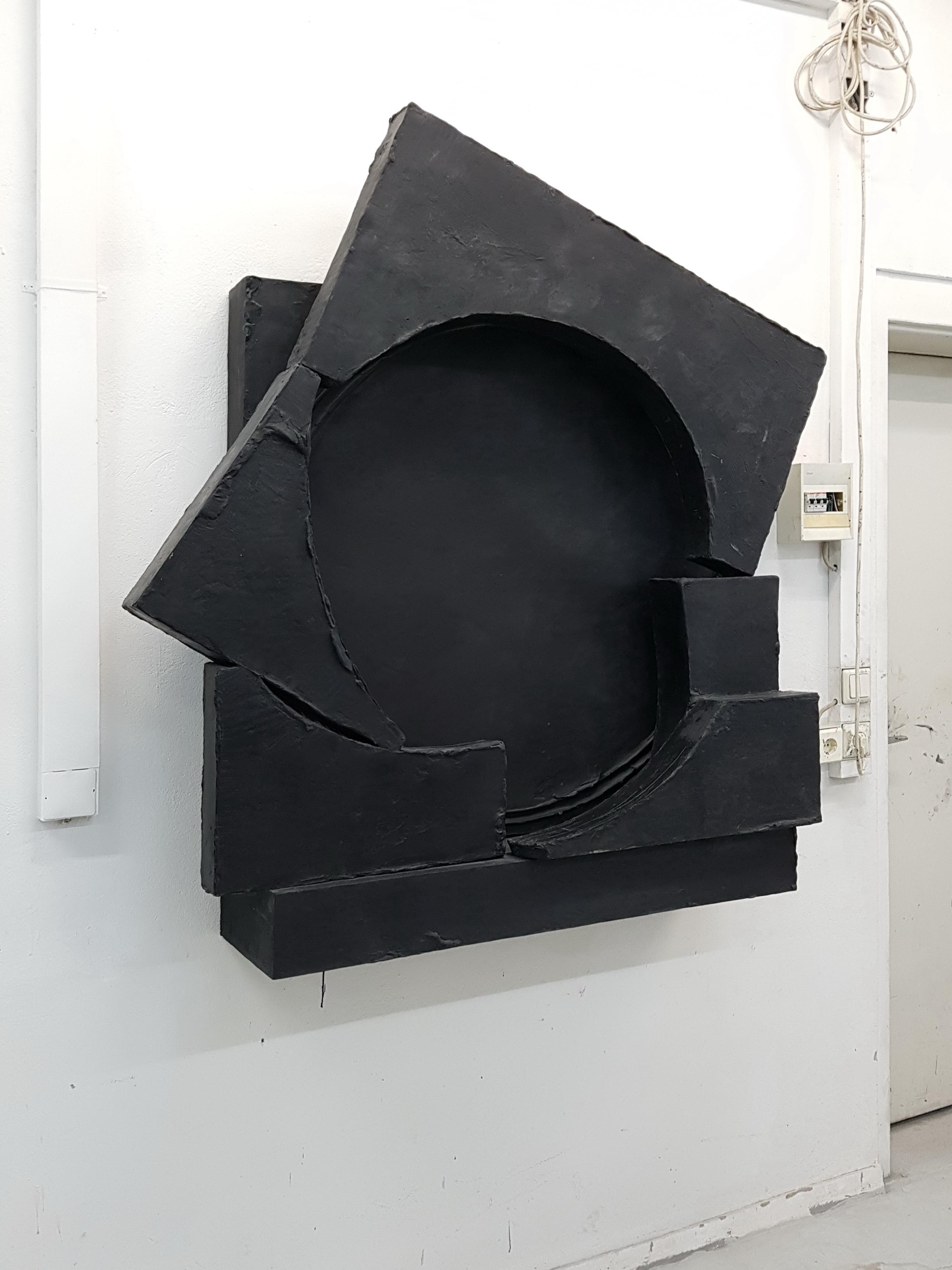 Teresa, black Sculpture, Erik Andersen