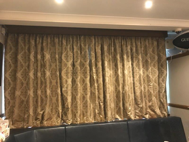 Curtain 15