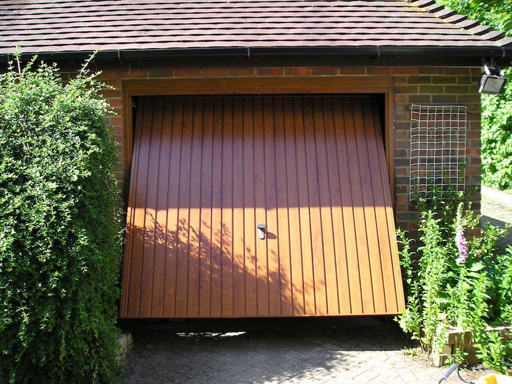 Garage 184