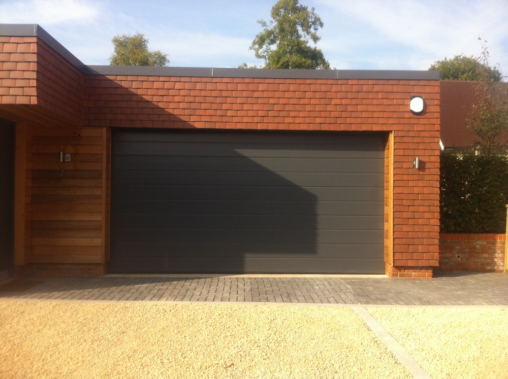 Garage 153