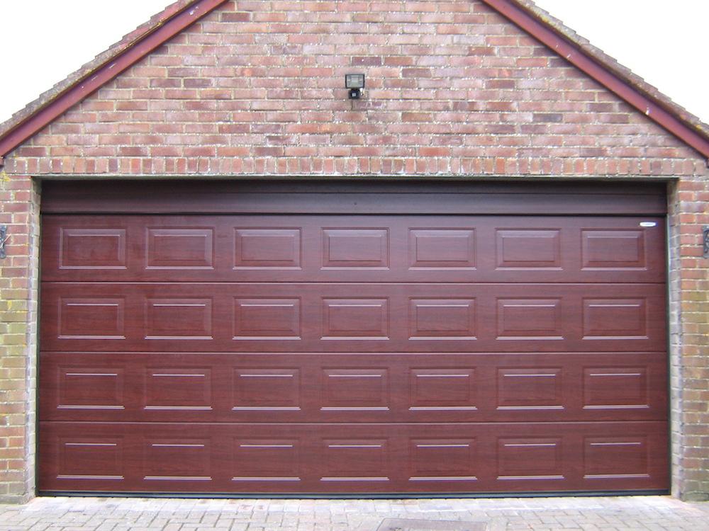 Garage 138