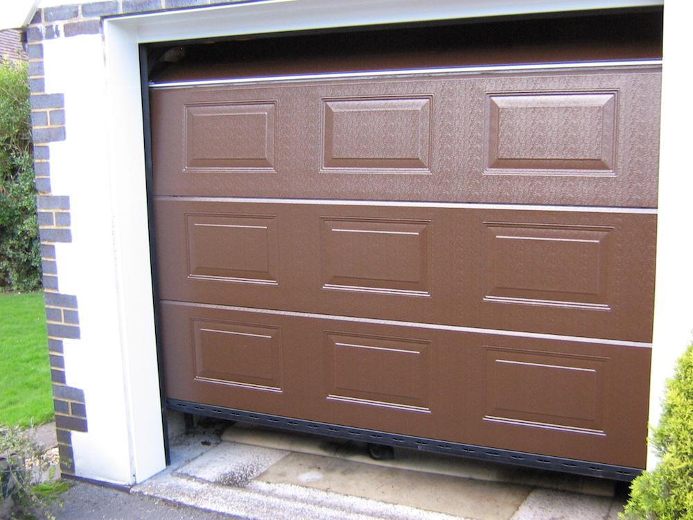 Garage 136