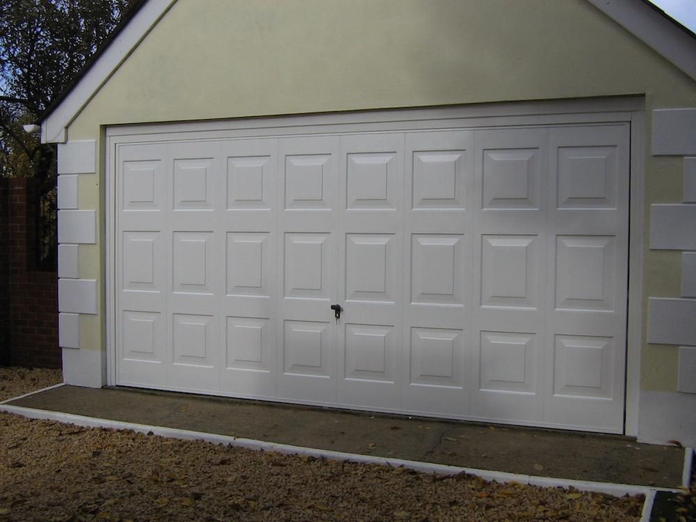 Garage 132
