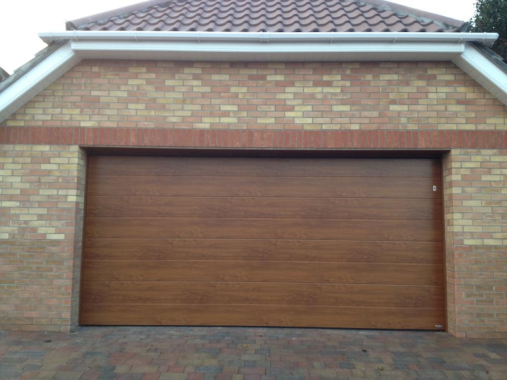 Garage 128