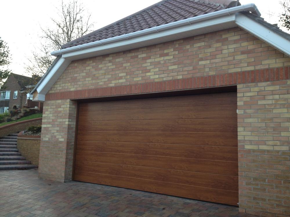 Garage 129