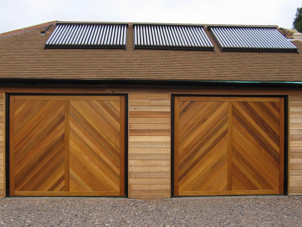 Garage 122