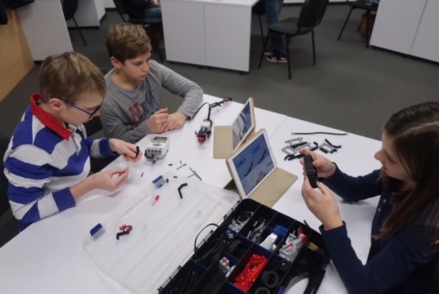 Proljetni praznici i LEGO robotika