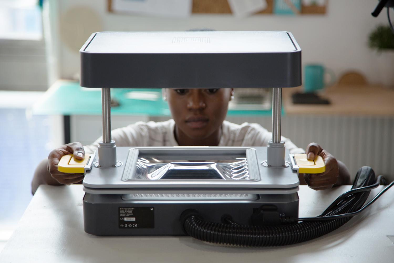 using the Mayku FormBox to make a custom mold for Jesmonite in minutes