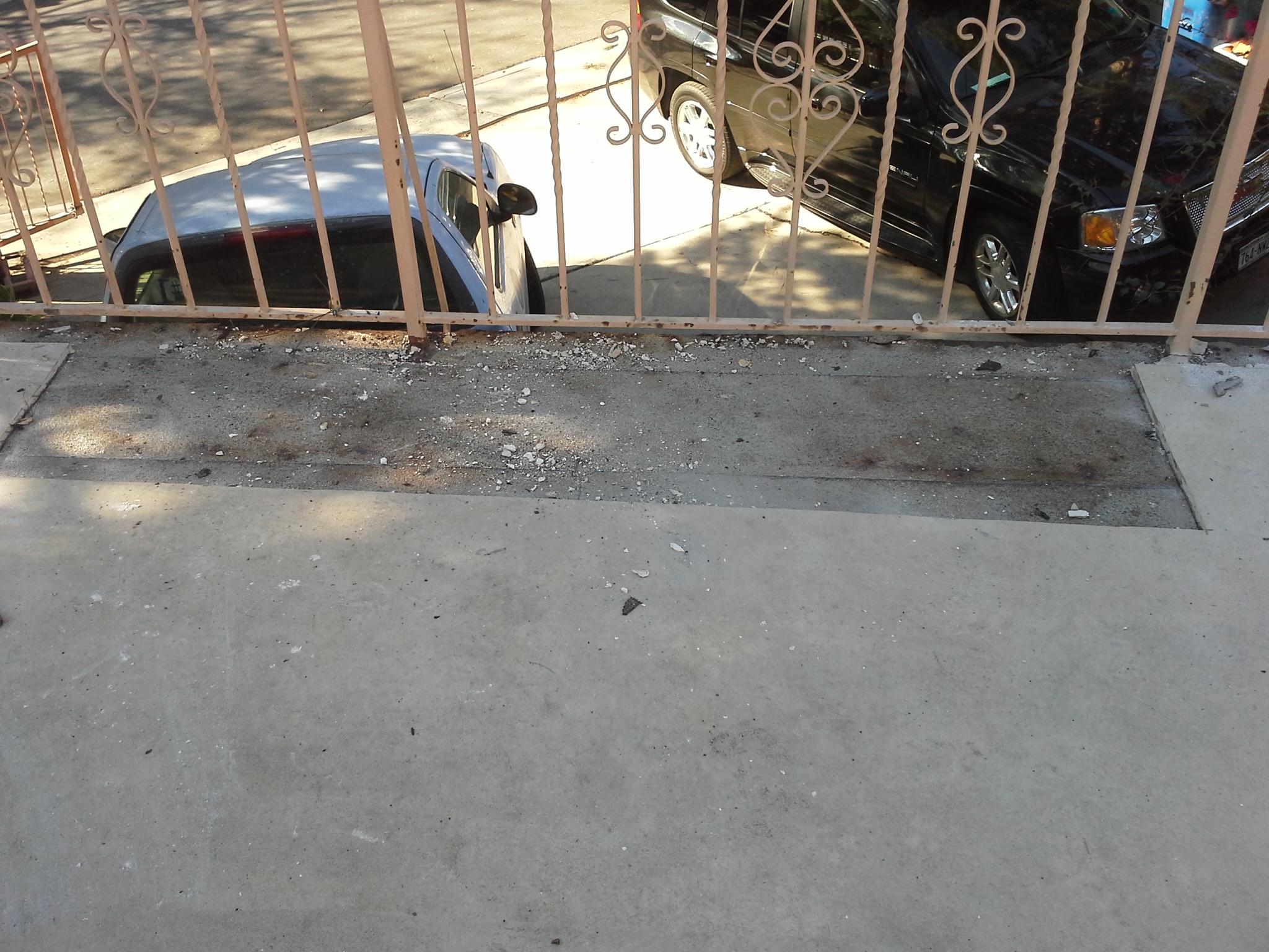 crack in flooring