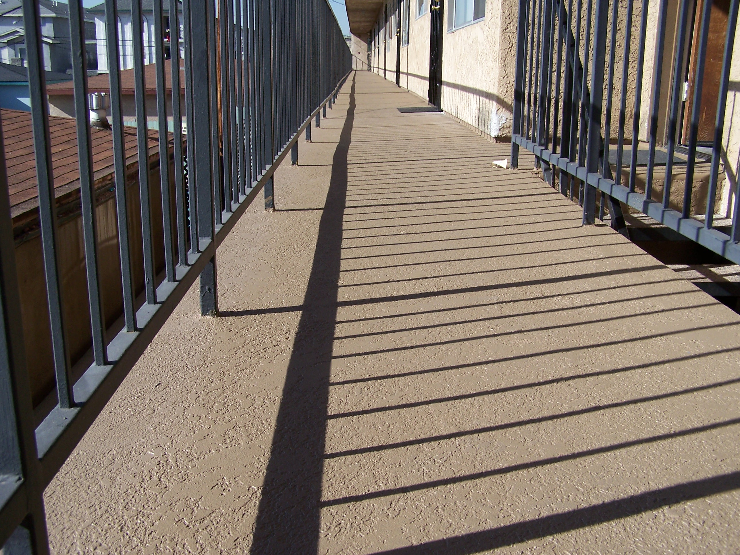 3 Important Things to Consider for a Waterproof Deck Coating