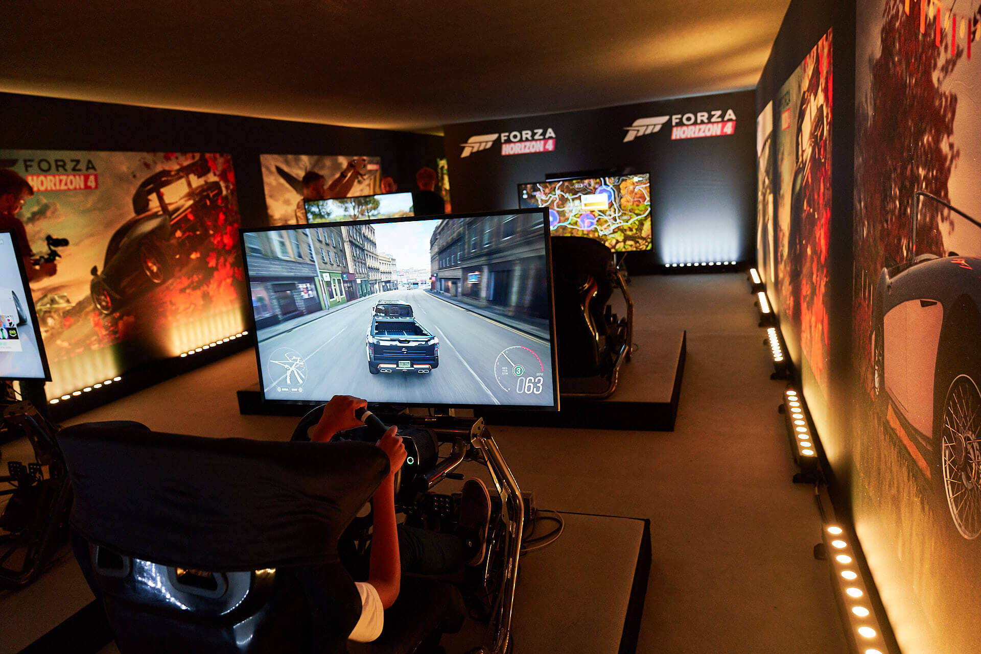 Living the Forza Horizon 4 Life at the Prestigious Grounds