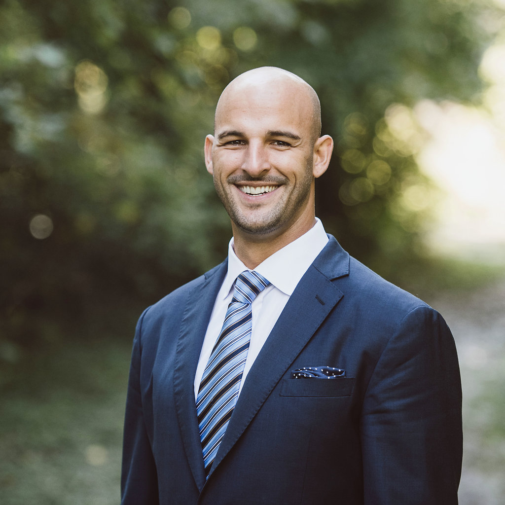 Elijah Kovar is a founder out of the Great Waters Financial Richfield office
