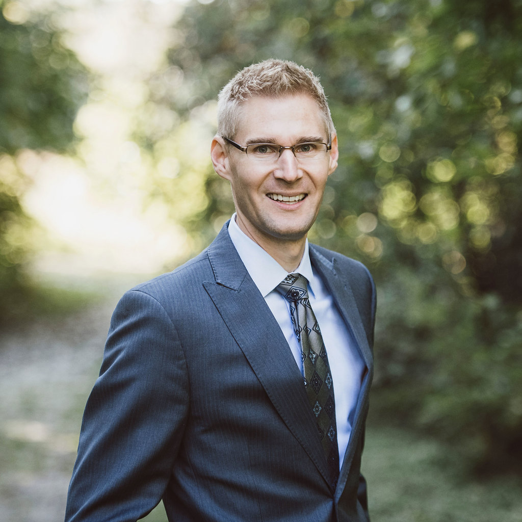 Joshua Legband is a financial advisor at the great waters financial minnetonka branch