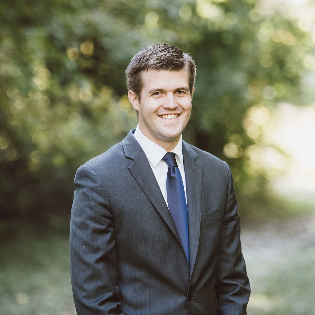 Mike Dahl is a financial advisor at the great waters financial duluth office