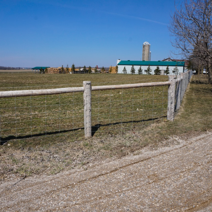 Cedar Wood Livestock Fencing