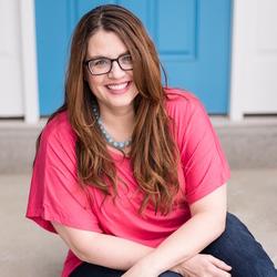 Becky Mollenkamp headshot