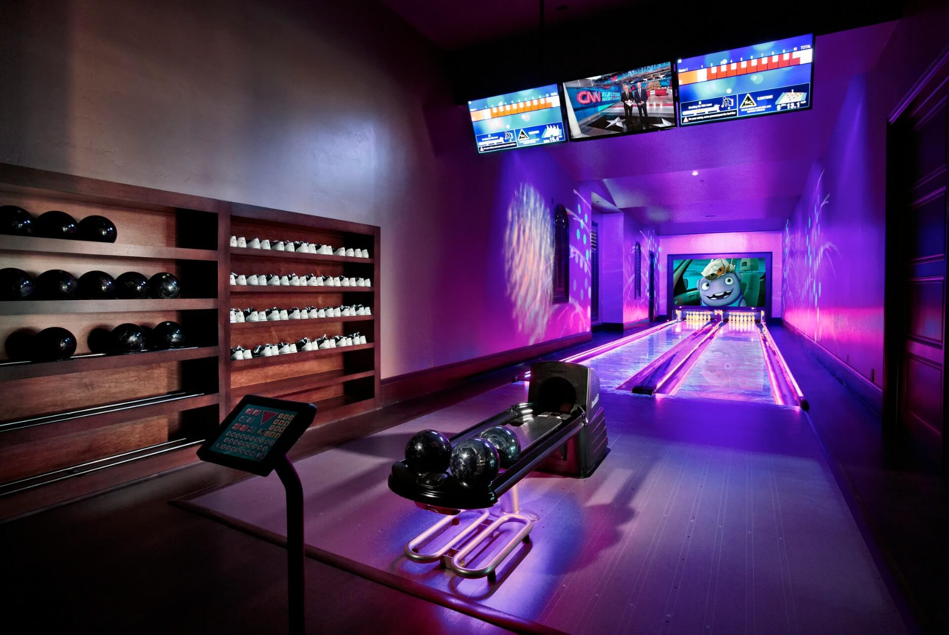 westlake lanes bowling The corner alley is the ultimate entertainment destination with state-of-the-art bowling, delicious meals, an expansive drink selection, and a modern atmosphere full of fun and energy, you'll always enjoy rolling with us.