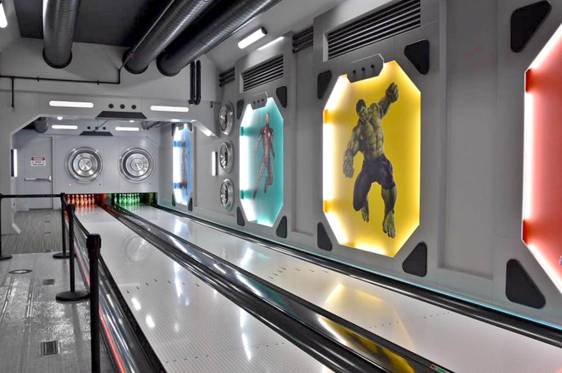 Home Bowling Alley Photos Amp Amenity Bowling Lane Gallery