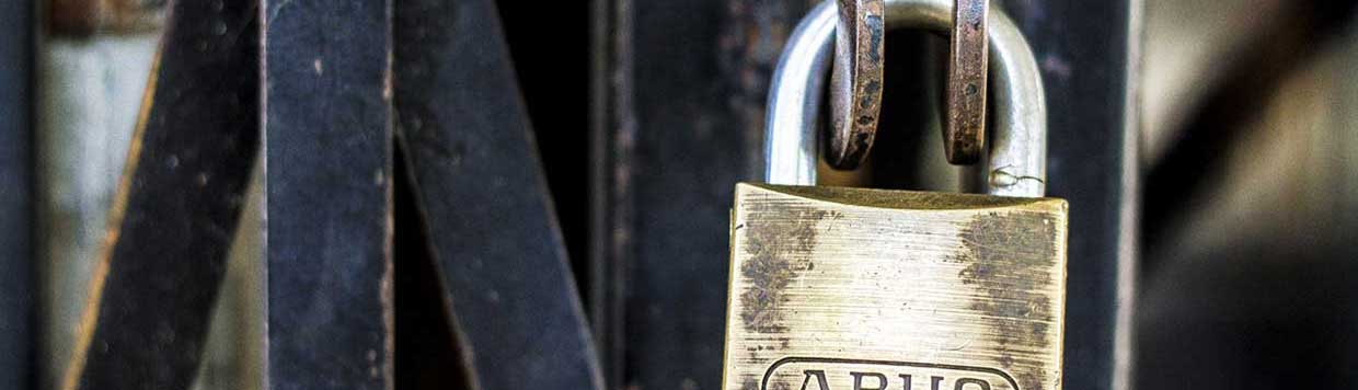avoiding locksmith scams