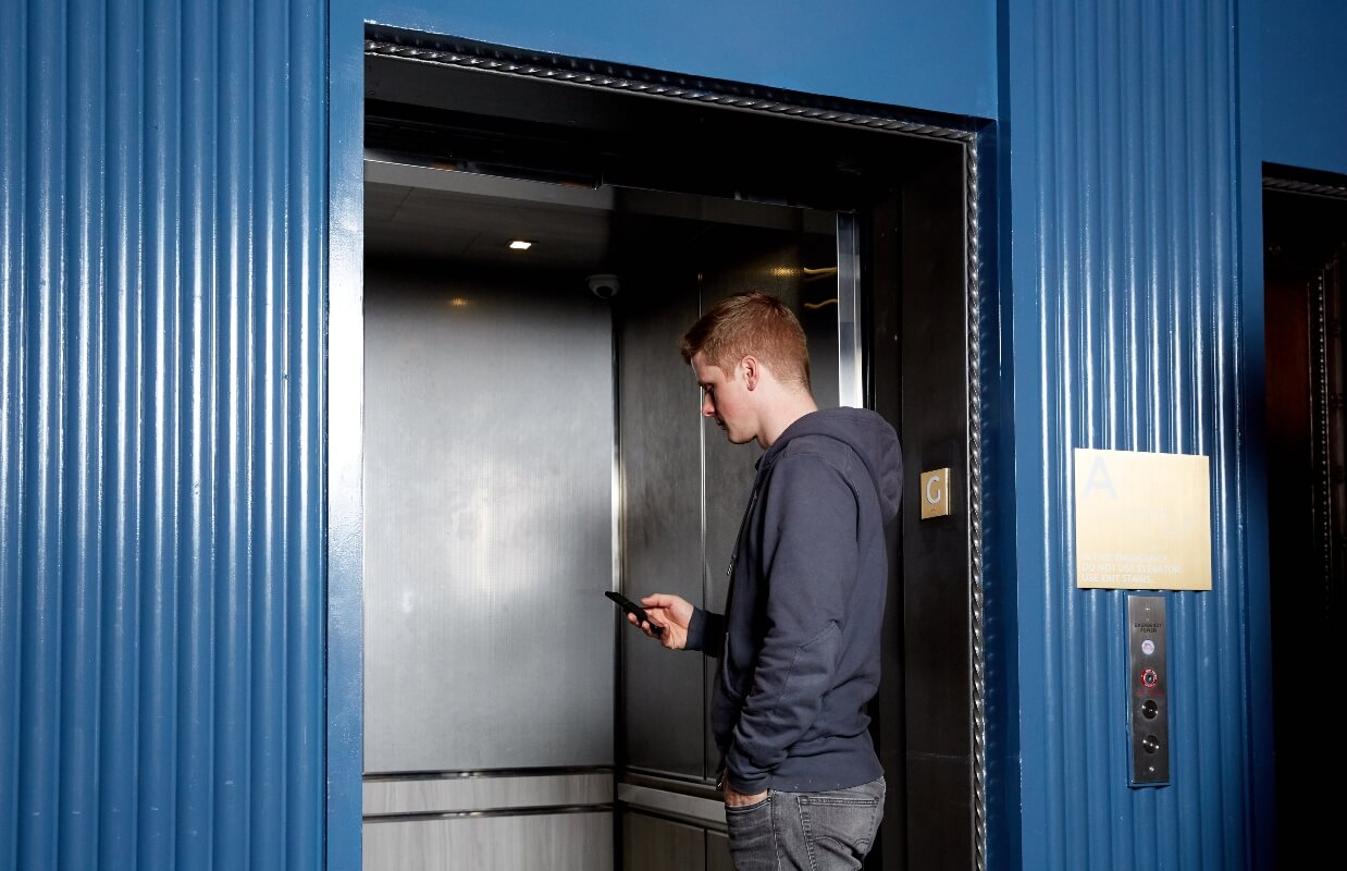 Elevator access control by Kisi