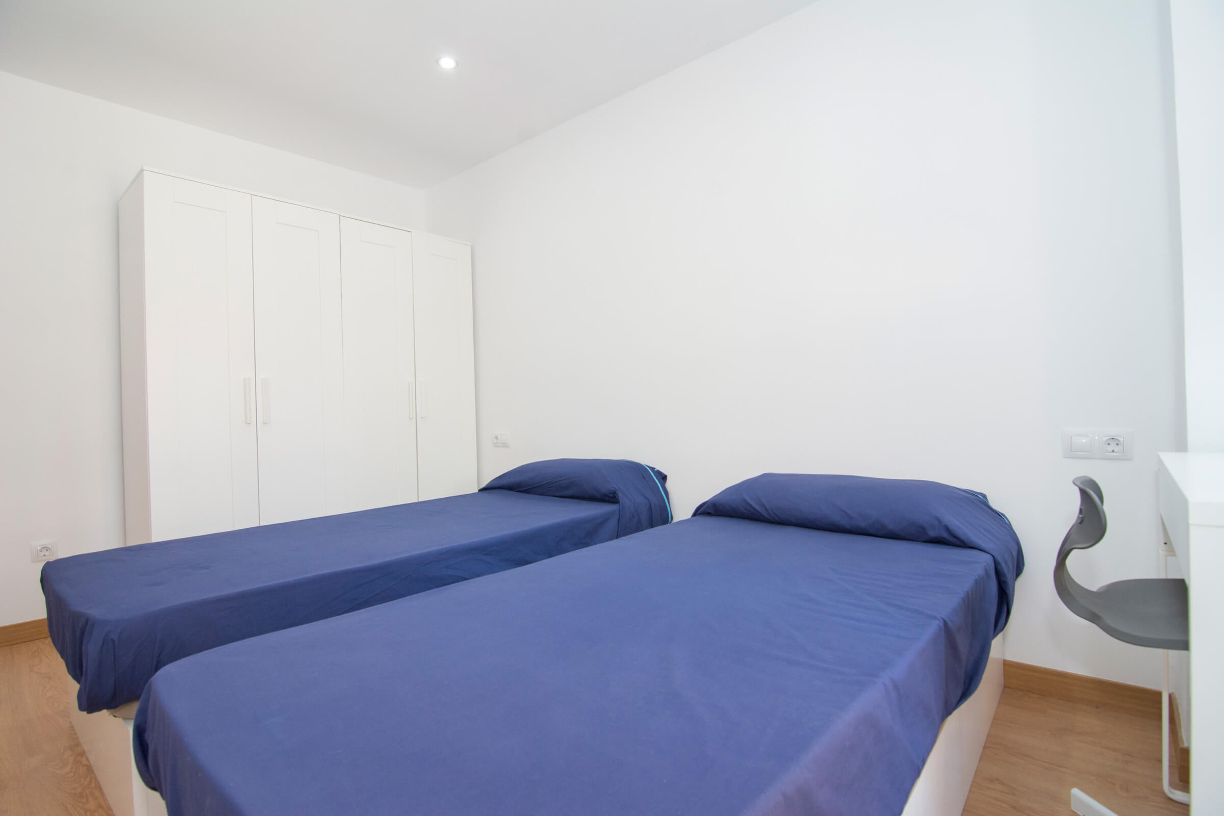 Holaflats Barraca double bedroom
