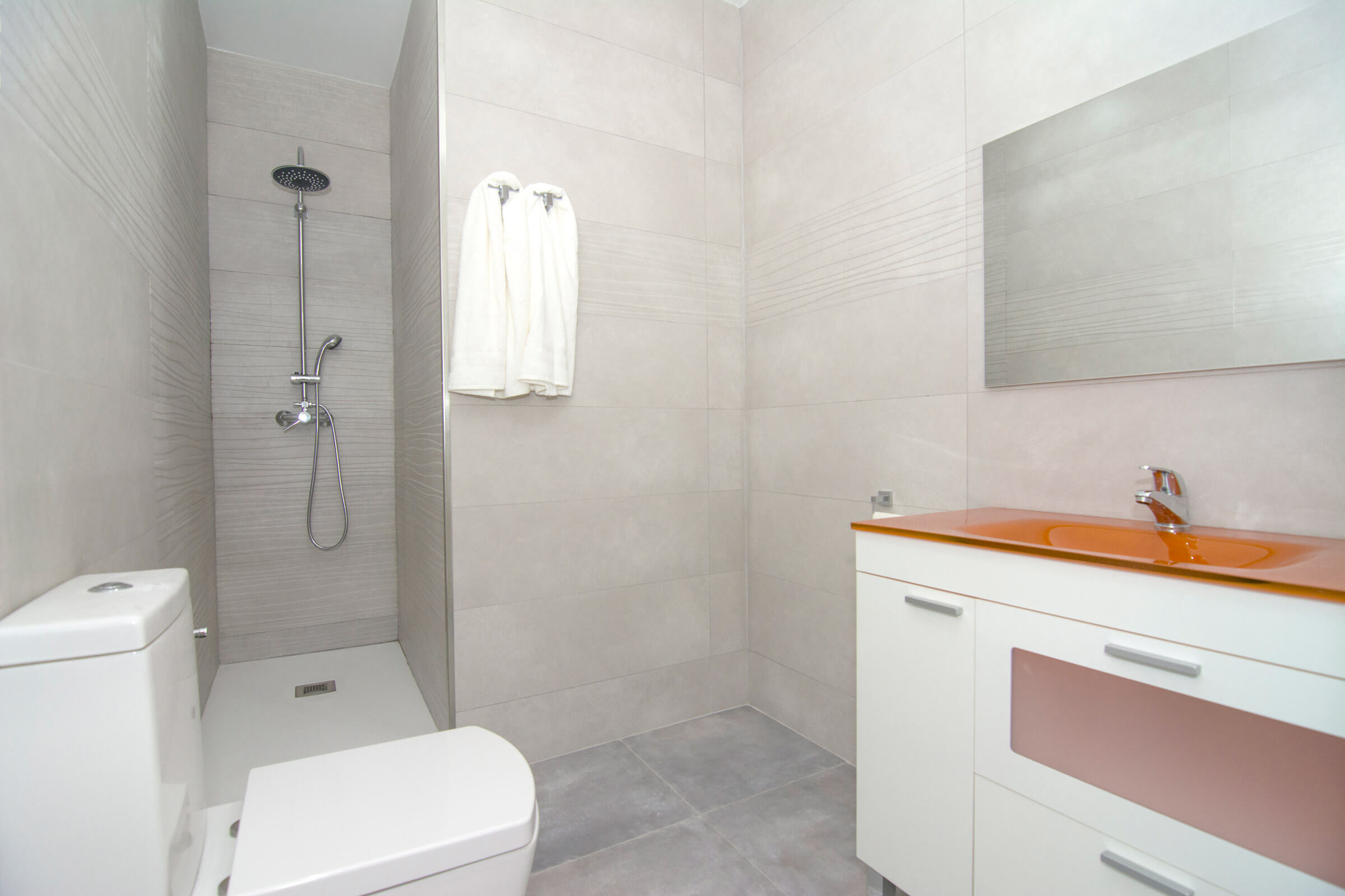 Holaflats Centro Bathroom