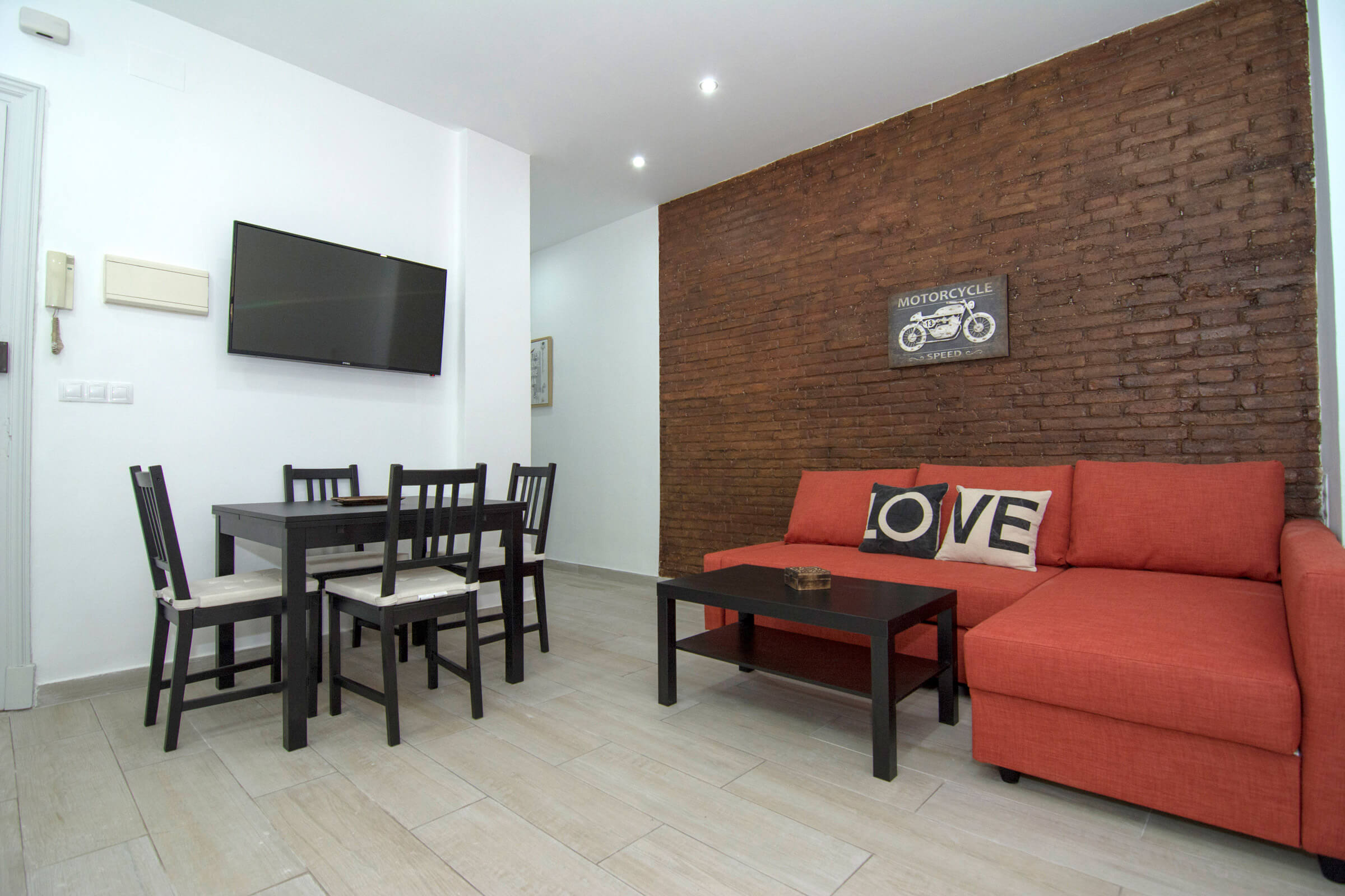 Holaflats Centro Open Plan Living Room and dining room