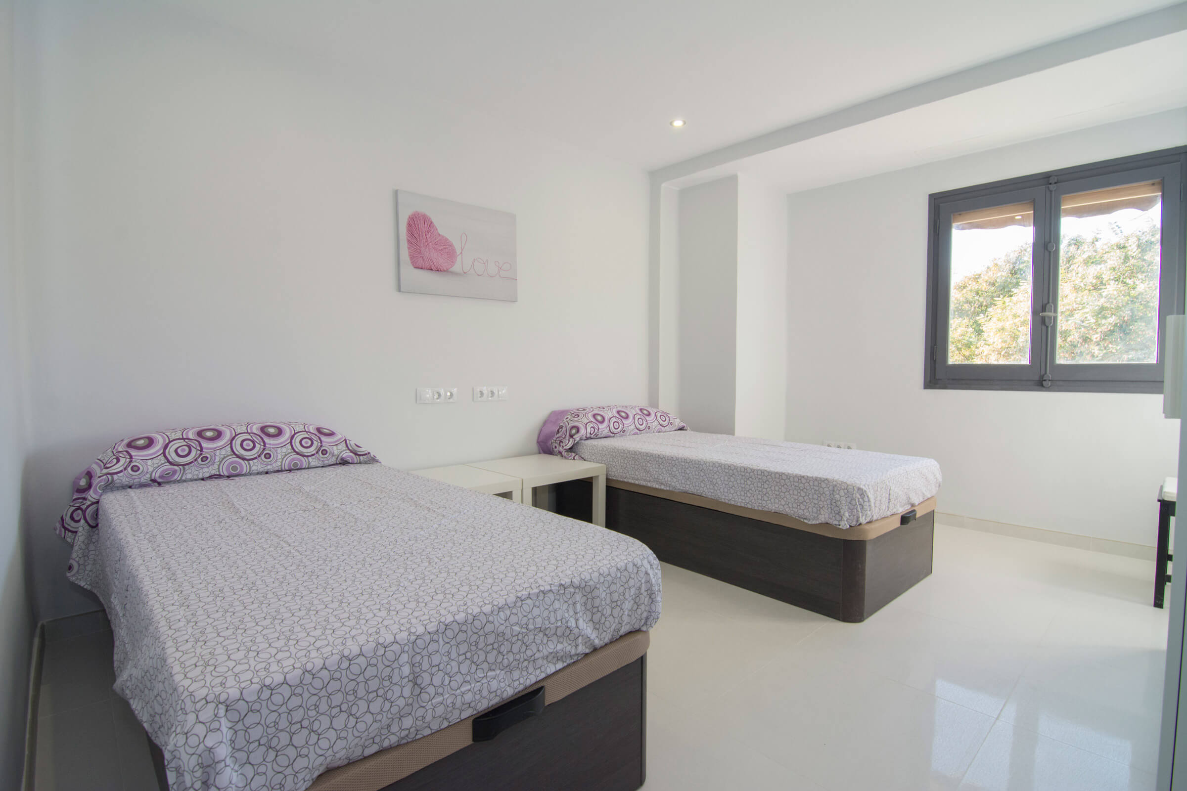 Holaflats Arquebisbe Double Bedroom 01