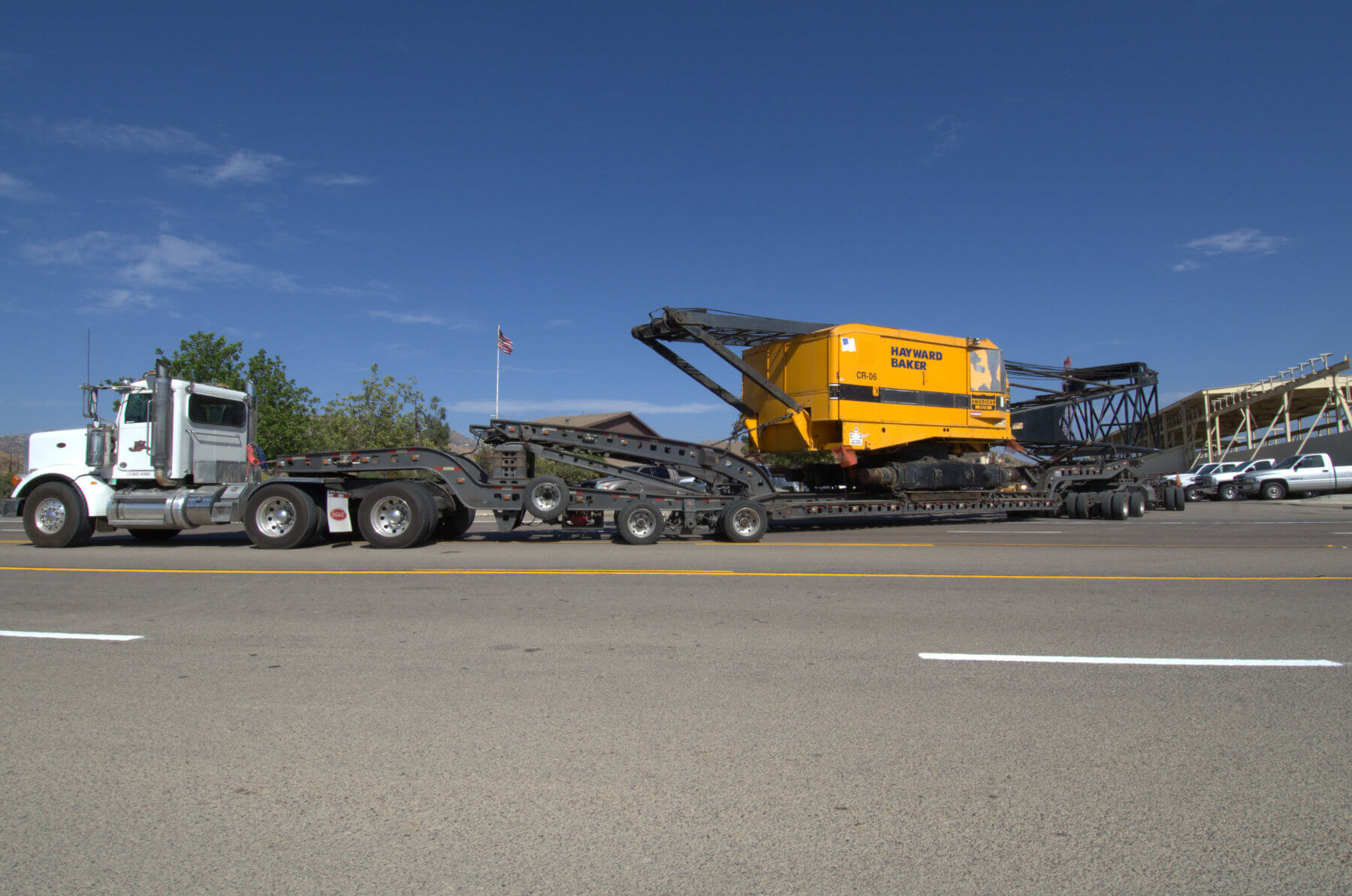 Heavy haul crane
