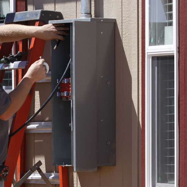 Upgrading electrical service for a home in Jacksonville FL