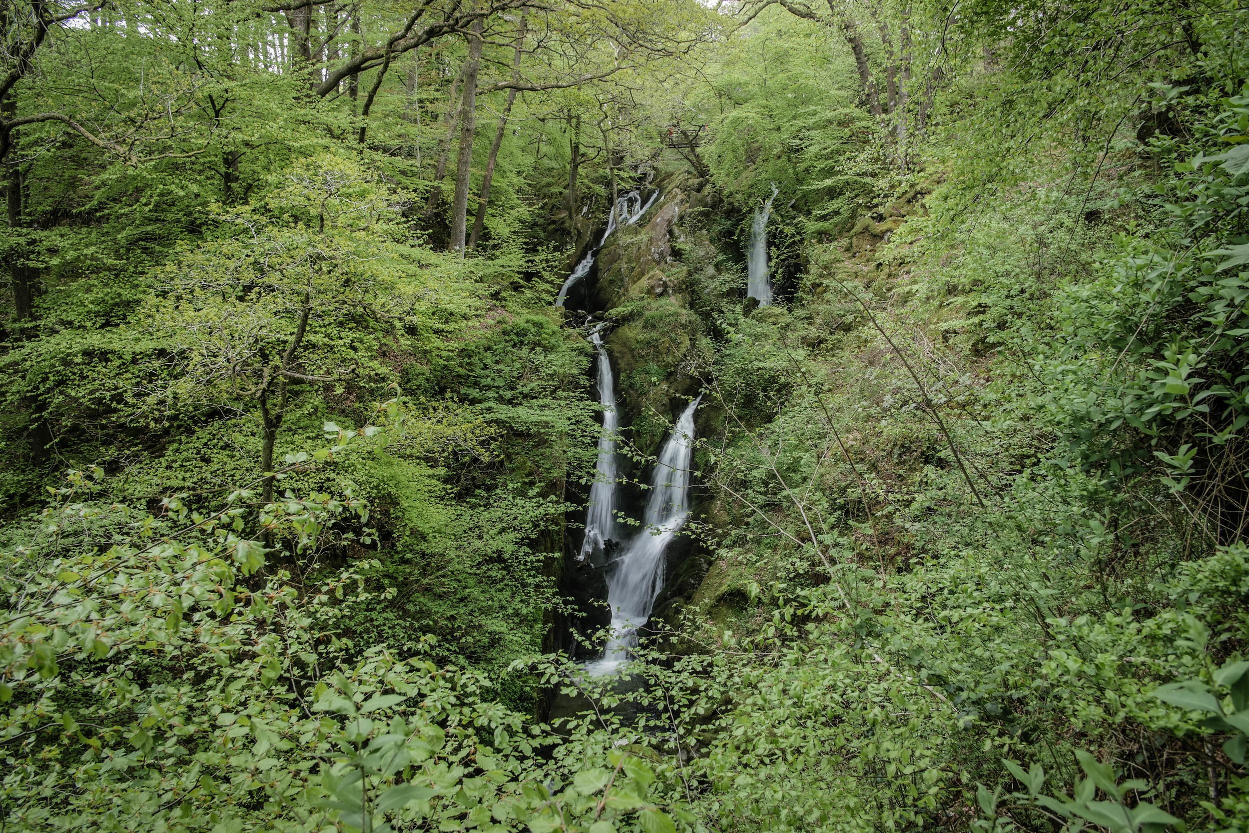 waterfall-ambleside-hiking-lake-district