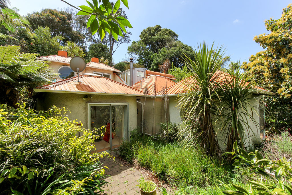 13B Wallace Place - Westown