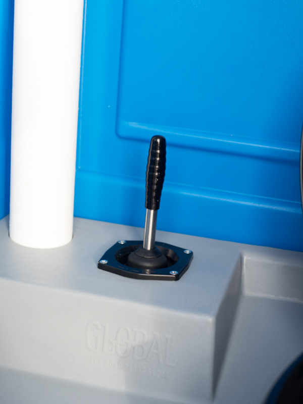 Hand-operated flush