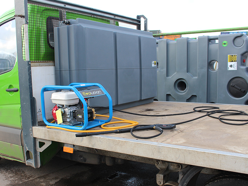 MTT coupled to pressure washer