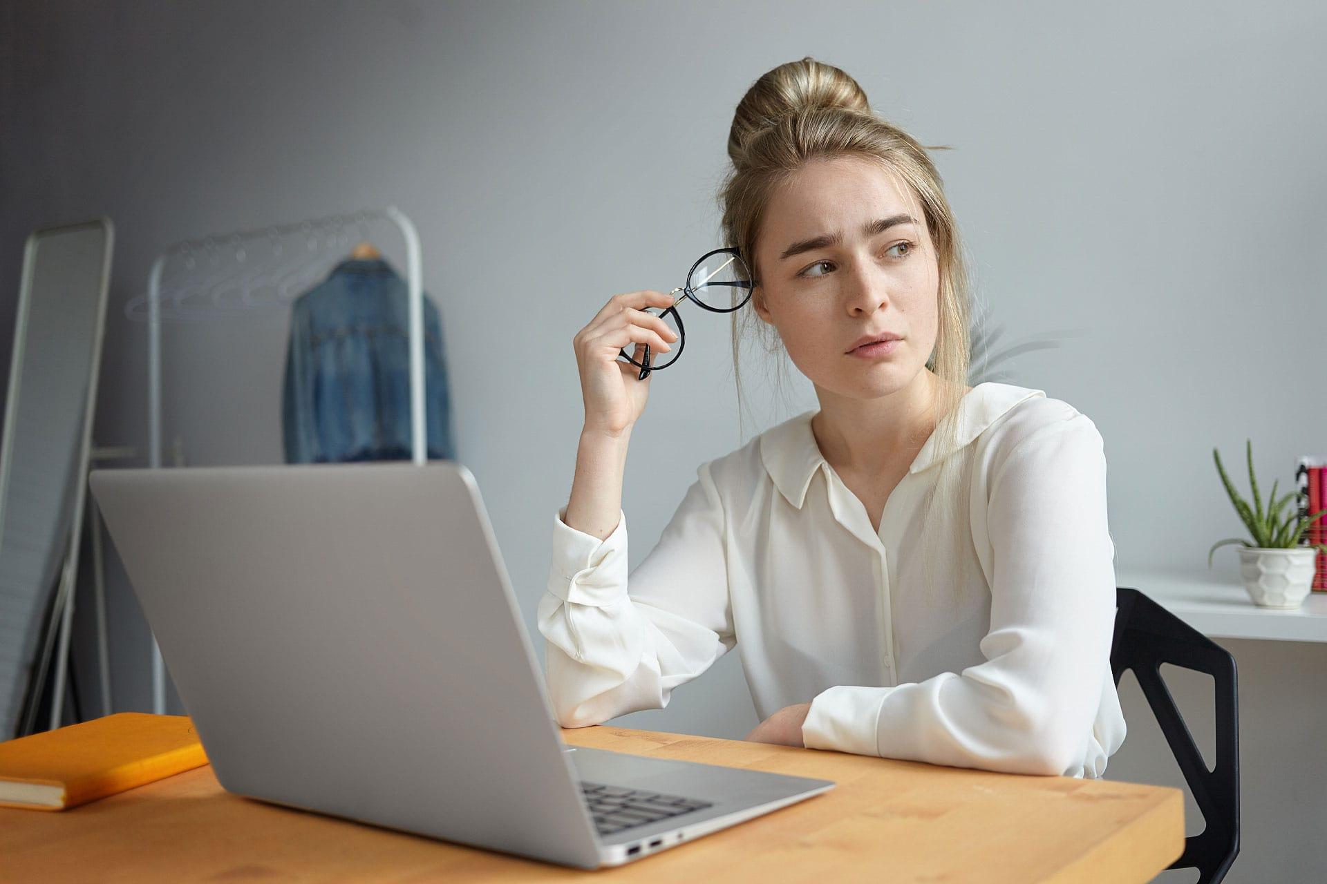 Domain, tárhely, DNS szerver - Te csak egy honlapot szeretnél, de elvesztél a szakszavak között?