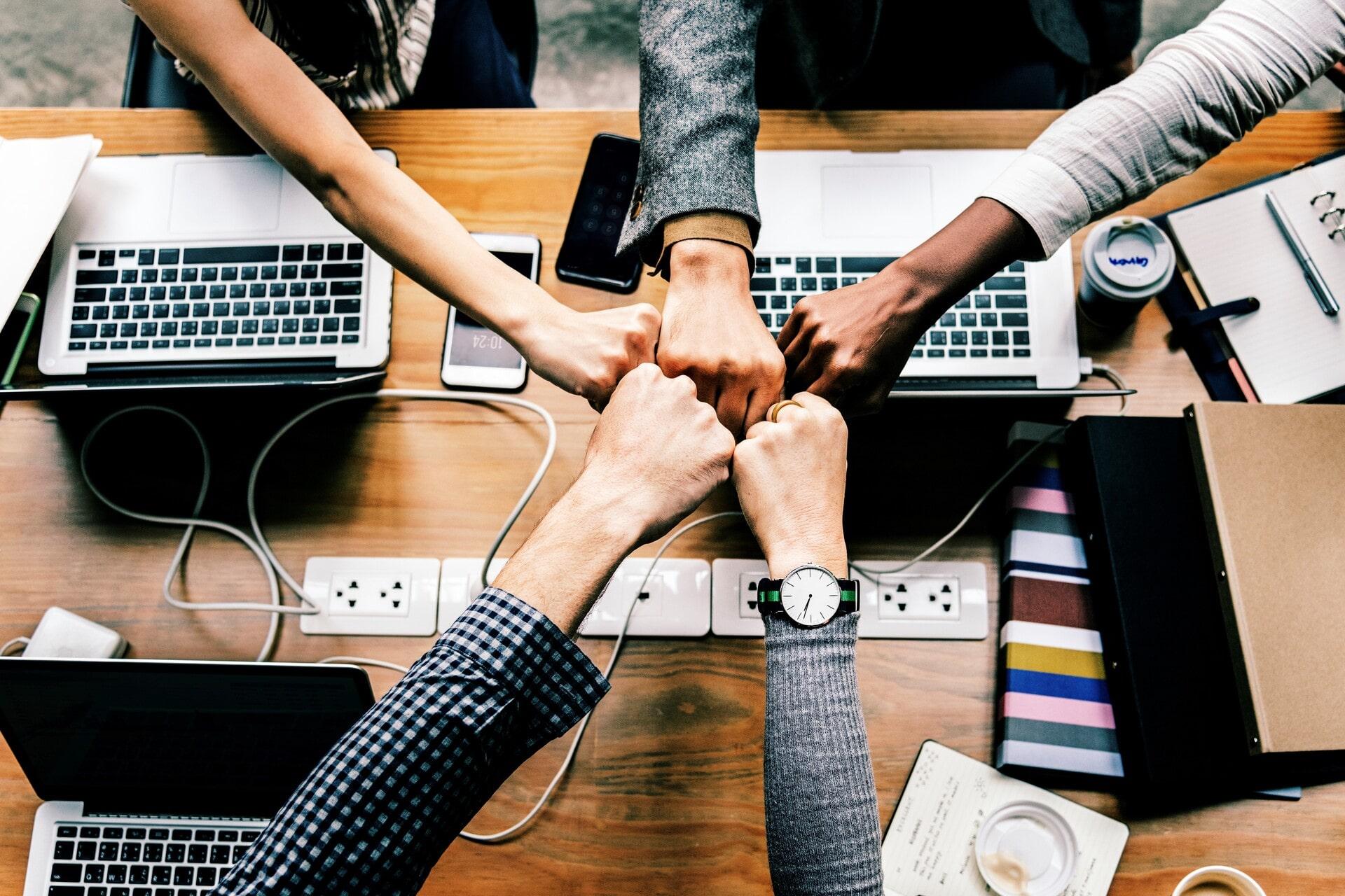 5 tipp, hogy megőrizd a csapatszellemet a home office alatt is