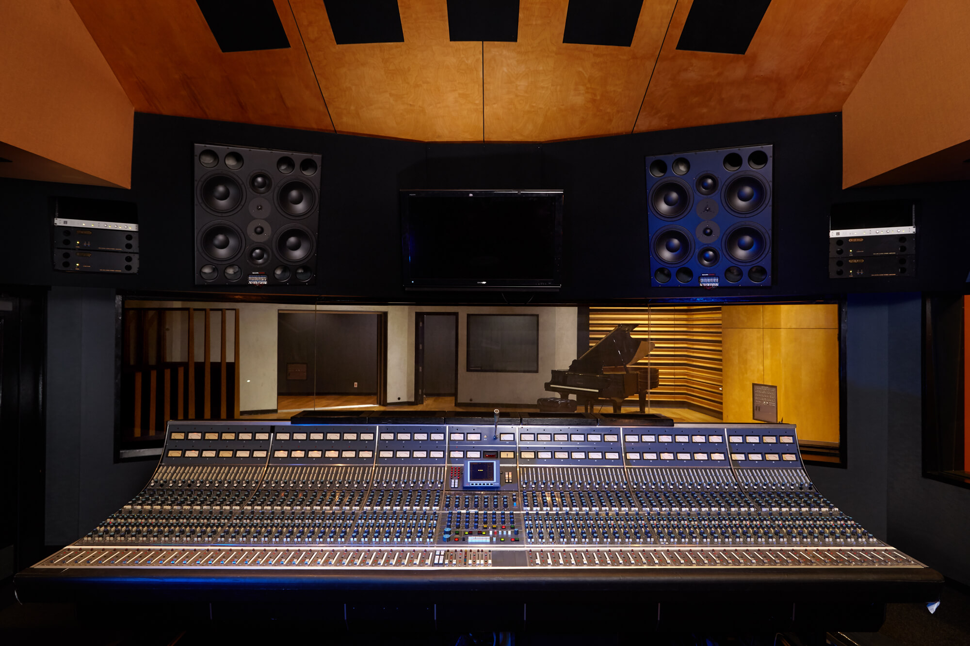 Custom Designed By Studio Bauton Architecture A Is 5000 Square Foot Facility Featuring 30 X 40 Live Tracking Room With Cement Walls And
