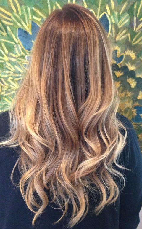 Golden brown balayage - Winter hair trends 2018