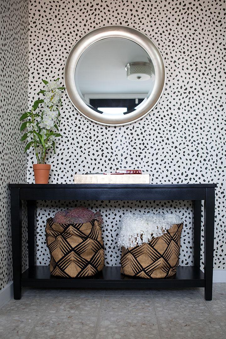 Living room wall design in Oakland, CA