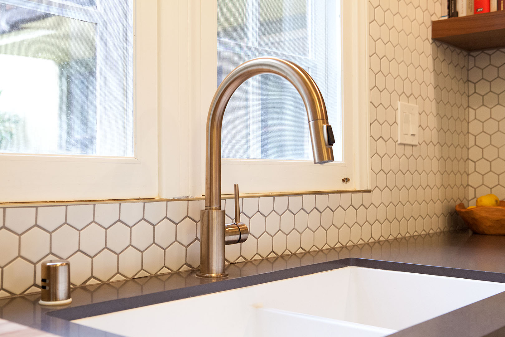 Kitchen faucet design in Oakland, CA