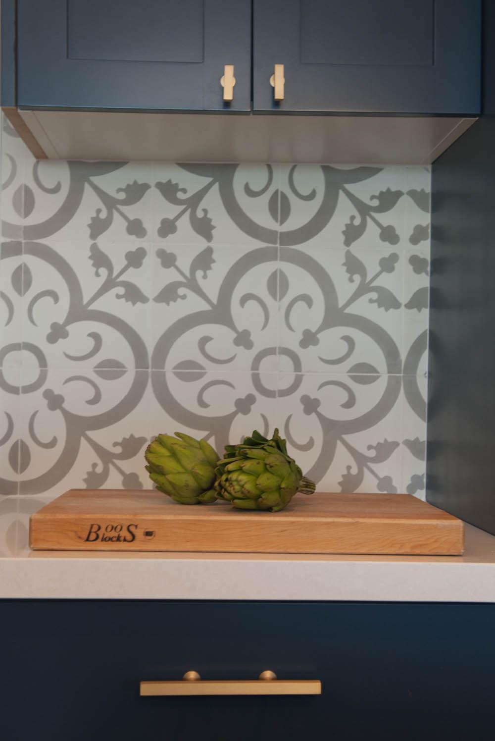 Kitchen knob design in Oakland, CA