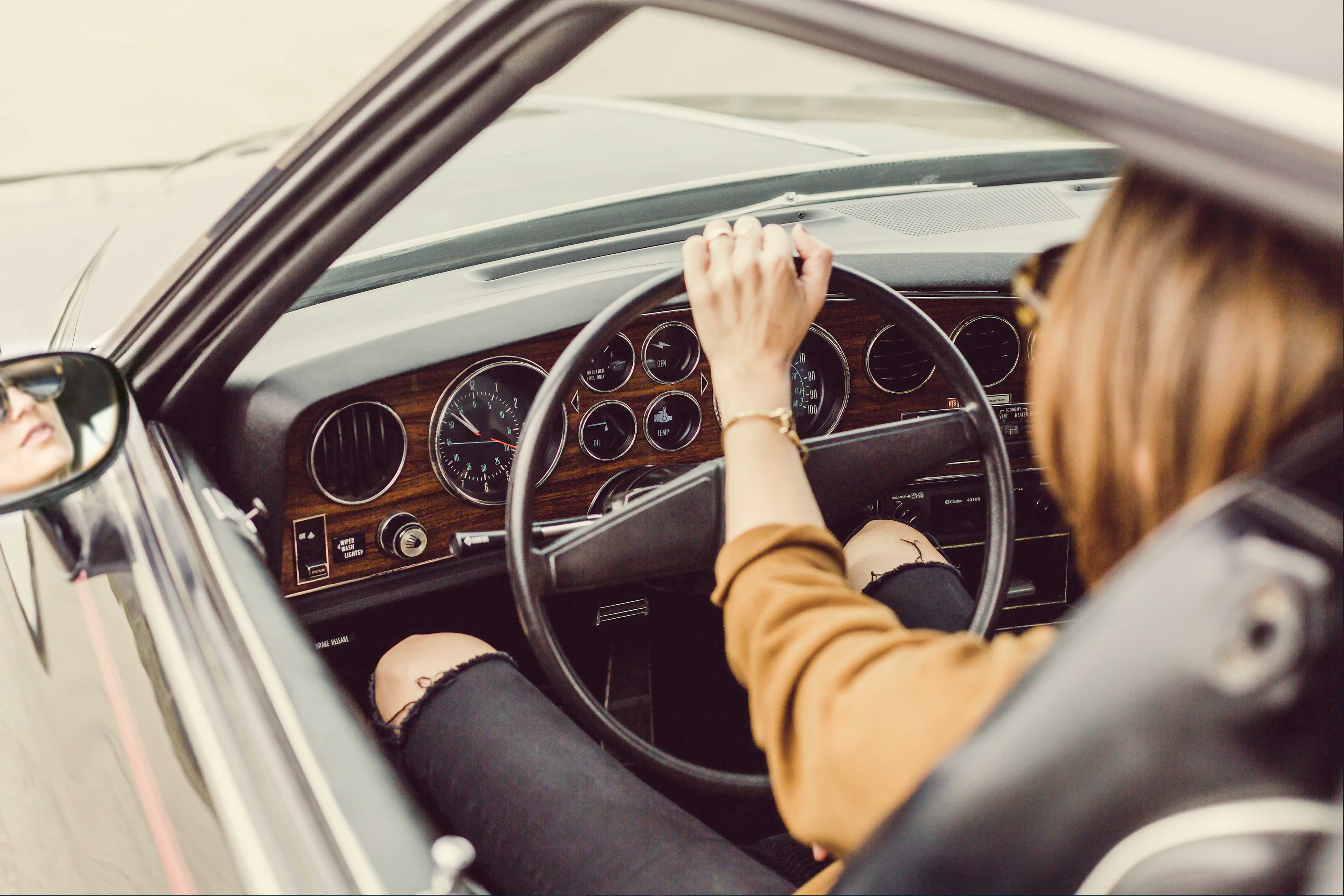 How to Avoid Hip Pain While Driving