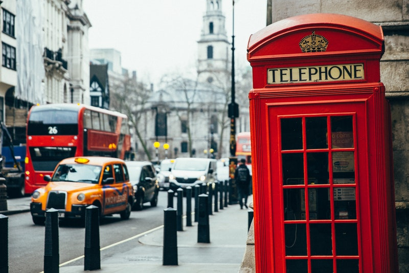 Traffic in London with telephone box