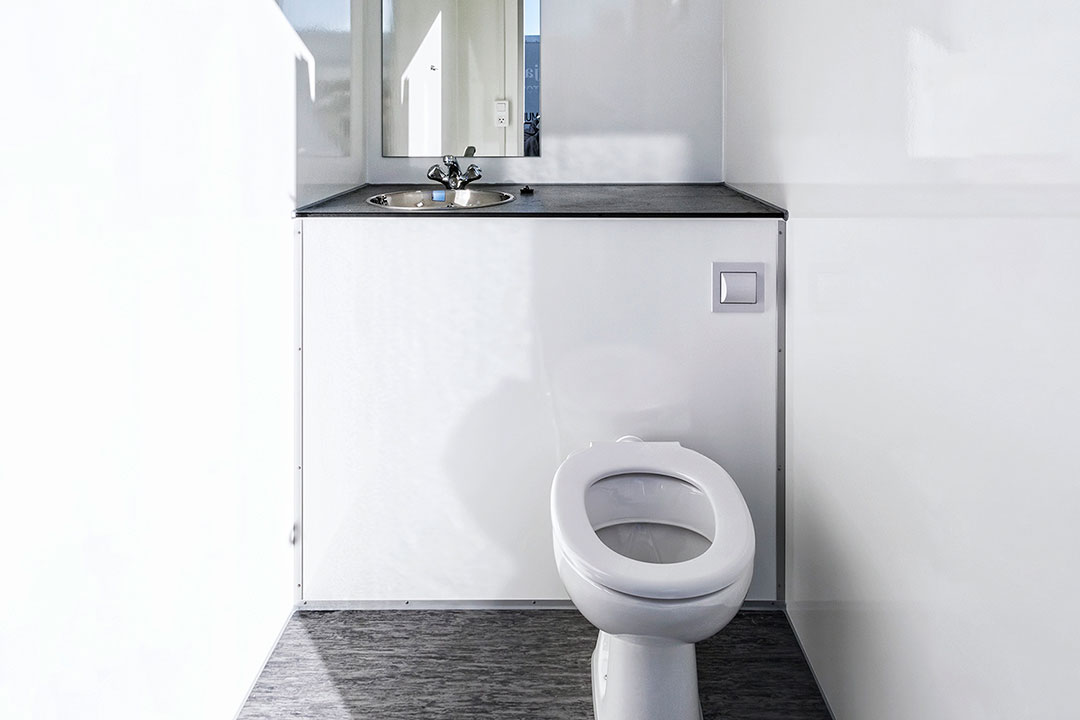 Scanvogn toilet cabin 2in1 01