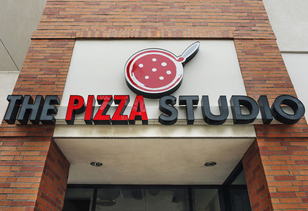 EEOC Sues Pizza Studio Restaurant for Offering Less Pay to Female Hires