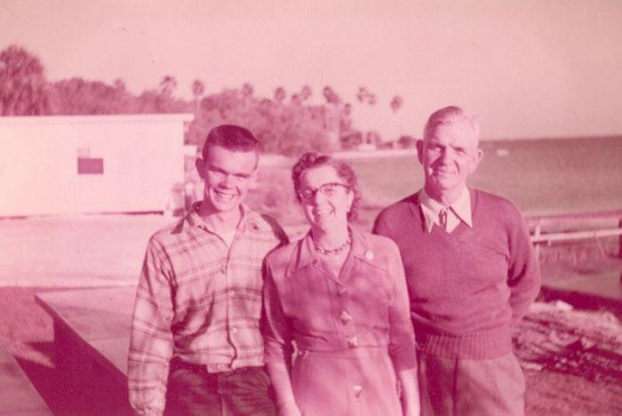 Harold, Ruth and Moe Warrington