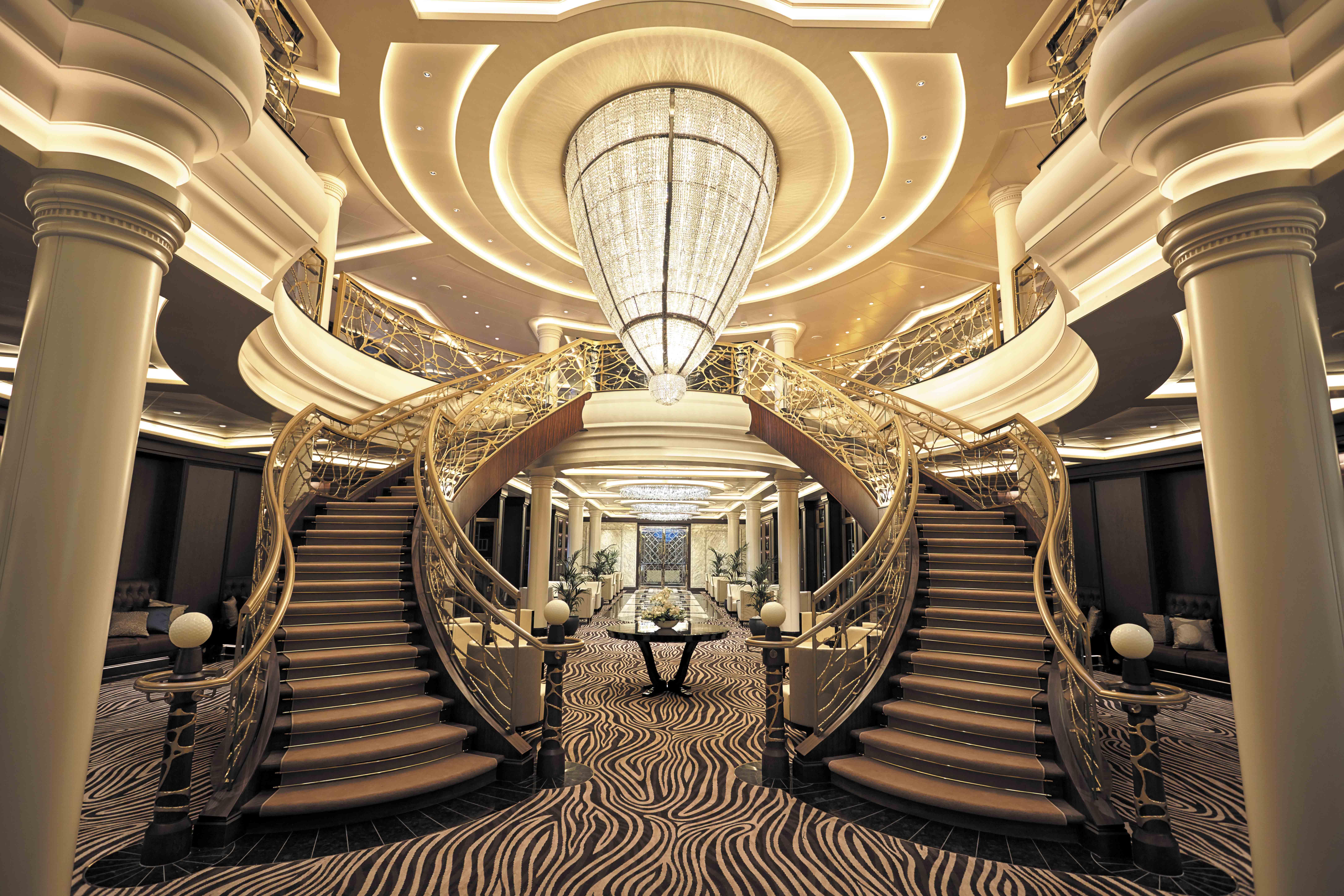 Seven Seas Explorer - Atrium 2