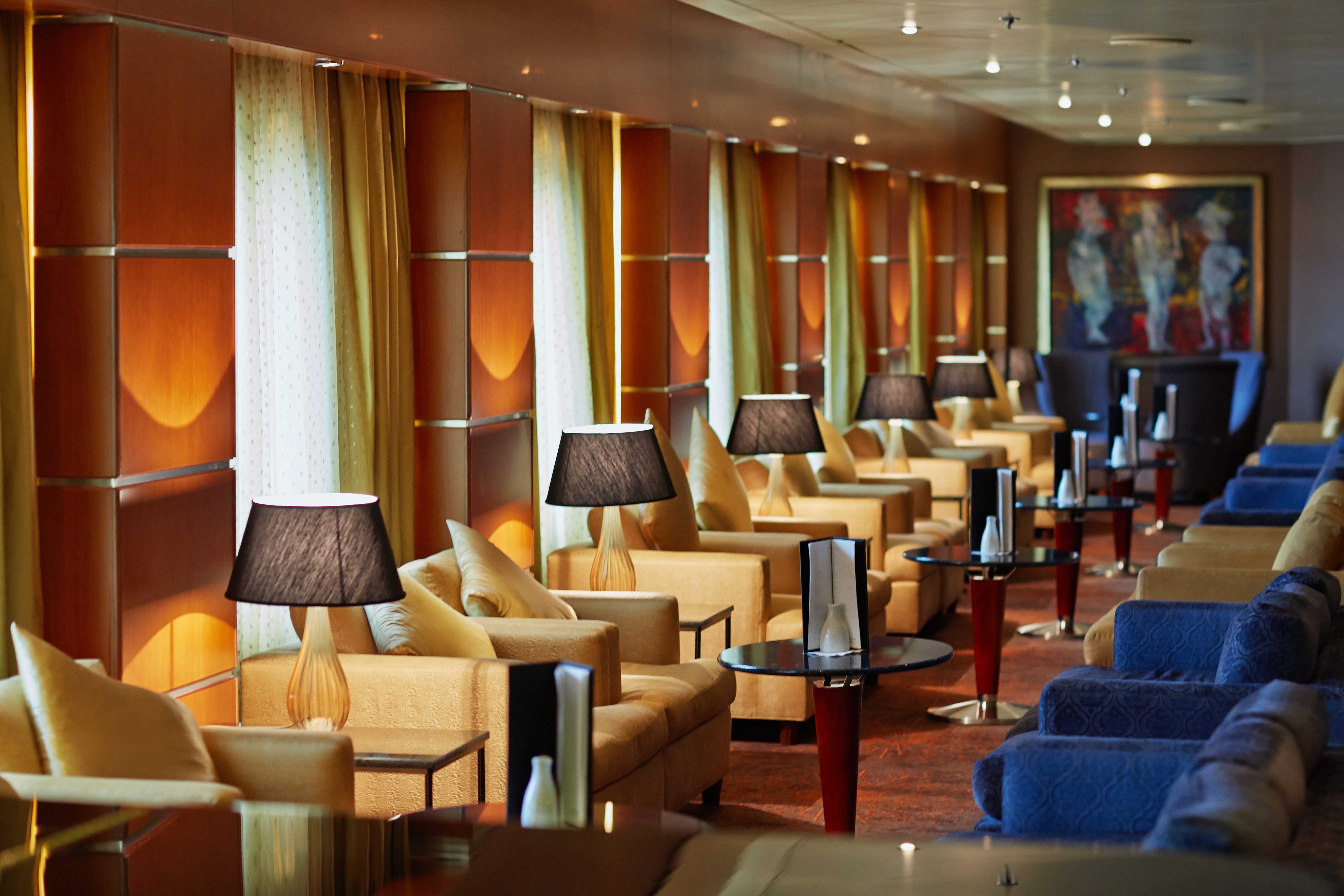 Seven Seas Mariner - Mariner Lounge