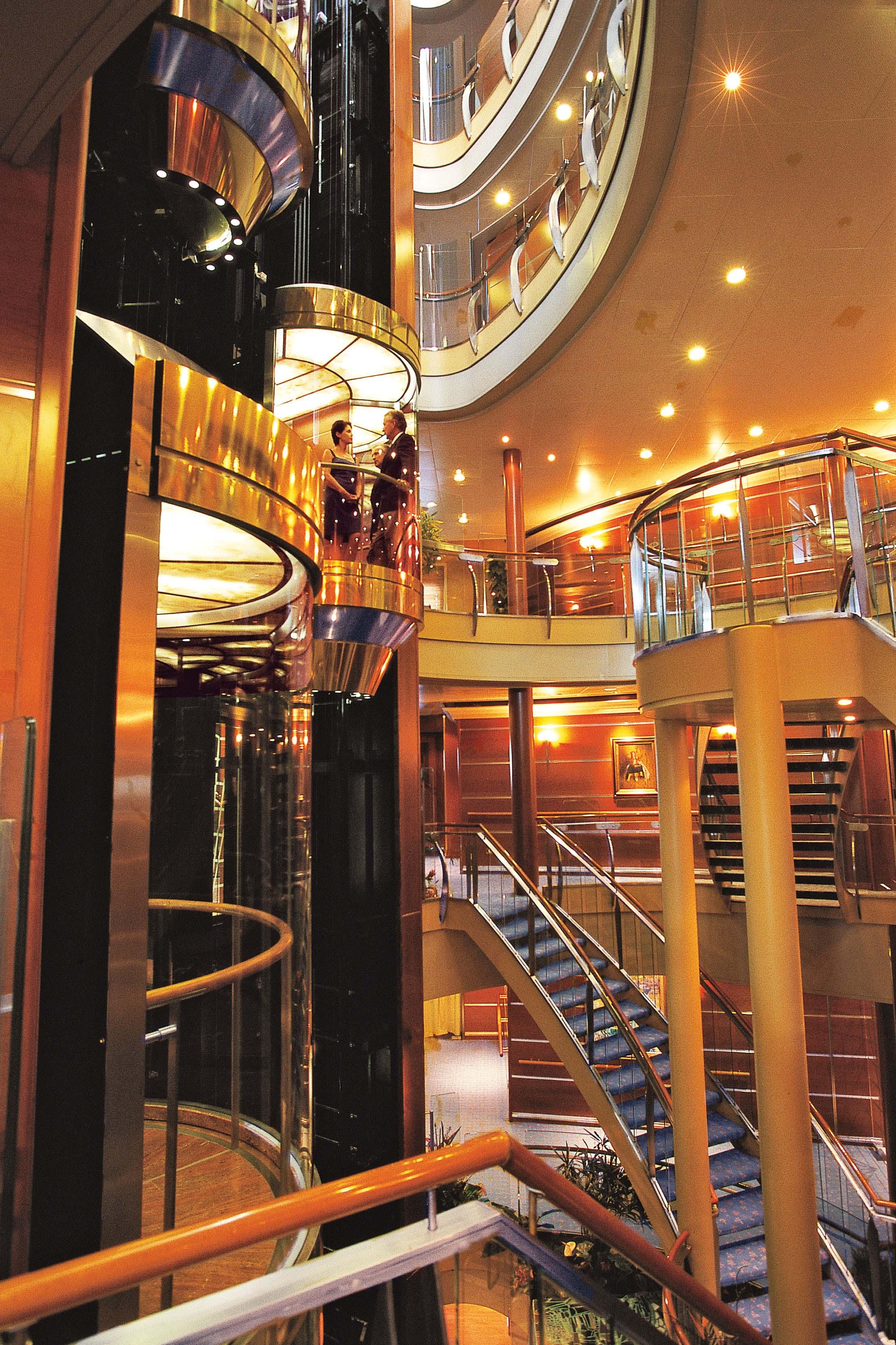 Seven Seas Navigator - Atrium